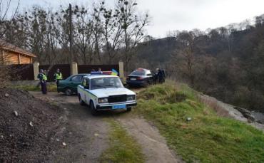 На Закарпатье правоохранители задержали нелегальных мигрантов и их перевозчиков