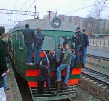 На Львовской железной дороге будут обслуживать пассажиров по новым тарифам