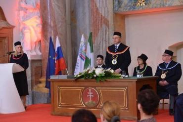 Ректор словацкого универа приглашает абитуриентов на обучение