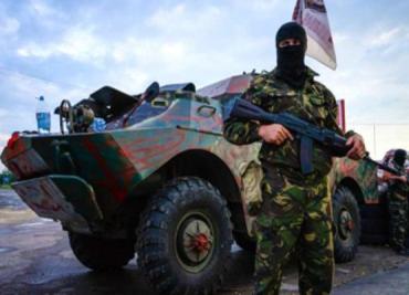 На тренировочных базах боевиков появились люди арабской внешности