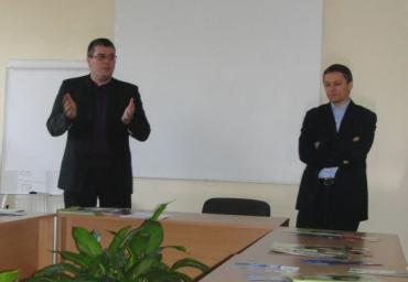 Координатори акції доценти юрфаку УжНУ Ярослав Лазур та Іван Переш