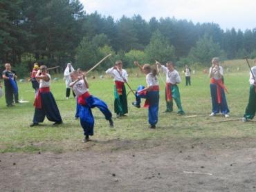 В Ужгороде на журналистах испытают все виды боевых искусств