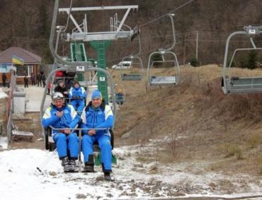 Для губернатора Закарпатья нашли снег даже на Красии