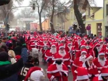 В ночном параде приняли участие тридцать три ужгородца