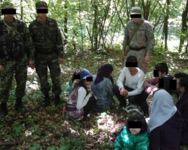 В Закарпатье было задержано 11 человек без документов из Афганистана