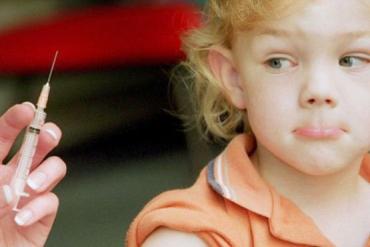 Отказавшись от прививок, родители подвергают риску здоровье и жизнь своих детей