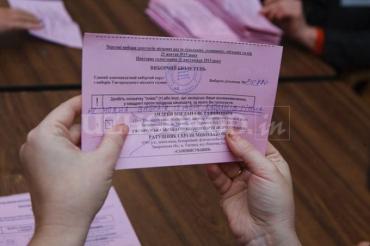 Богдан Андреев все-таки одержал убедительную победу во втором туре выборов
