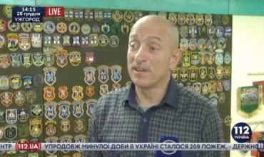Иван Балашов из Ужгорода уже 20 лет собирает коллекцию шевронов