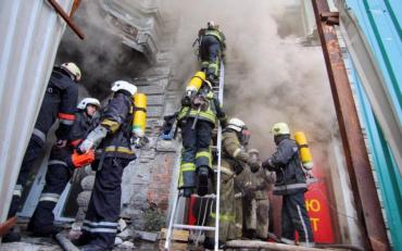 Історичний пам'ятник спалахнув в Одесі