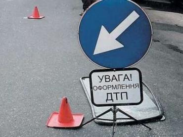 В Закарпатье ВАЗ столкнулся лоб в лоб с VW Passat
