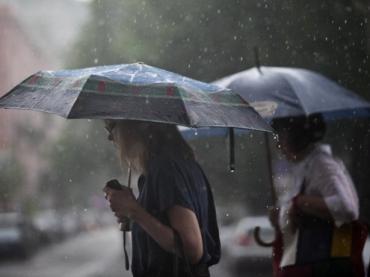 У восьми областях оголошено штормове попередження