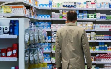 Українці все частіше купують ліки, ефективність яких ніяк не доведена