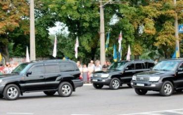 Кортеж Тимошенко попал в ДТП