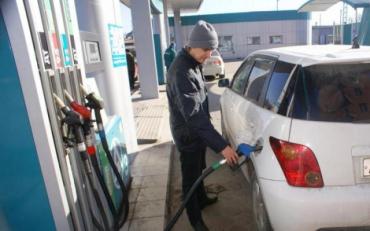 Українцям розповіли, що буде з цінами на бензин