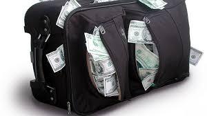 Олігархи вивели в офшори щонайменше 100 мільярдів доларів