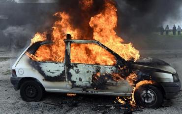 У Харкові в результаті підпалу згорів автомобіль редактора порталу Insider news