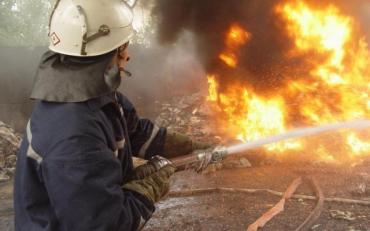 На Днепропетровщине неизвестные обстреляли машину копов, есть раненые