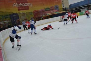 В играх за «бронзу» встречались «Синевир» и «Спартак»
