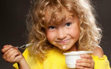 Ці п'ять фактів про йогурт змусять вас бігти до магазину