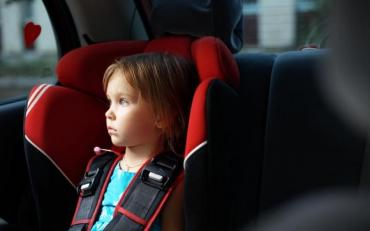 Водіїв змусят більше приділяти уваги безпеці своїх найменших пасажирів