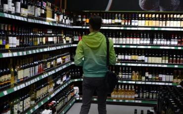 В Украине снова поднимутся цены на алкоголь