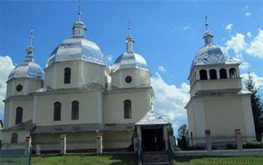Каждый прихожанин обязан уплатить церкви 15 гривне в месяц