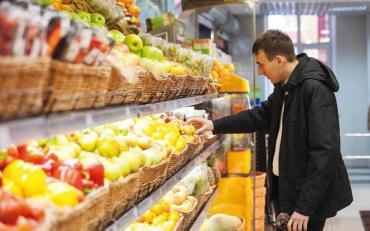 Продукти в Україні значно подорожчають