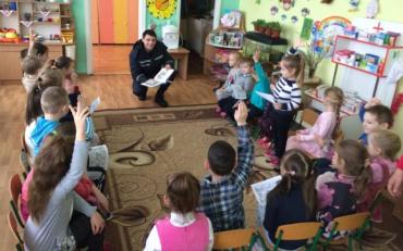 Медик закликають українців задуматися над щепленням дітей
