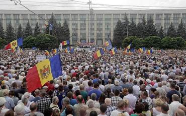 40 тысяч человек собрала акция протеста в Кишиневе