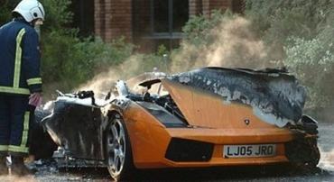 Lamborghini Gallardo сгорел у английского паба