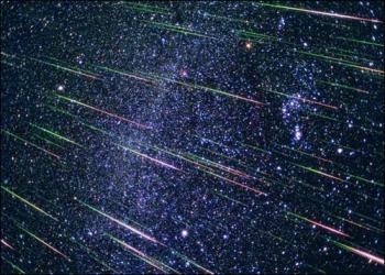 Смотрите сегодня ночью на небо - будет метеоритный дождь