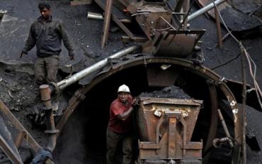 Во Львовской области произошел обвал на шахте, есть пострадавшие