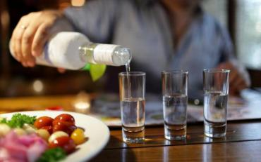 Чим не можна закушувати алкоголь