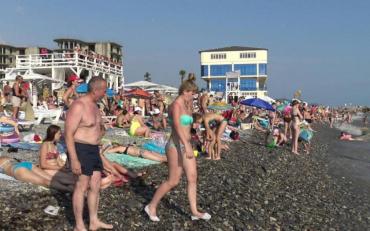 Соромно за земляків: українські підлітки дали жару на курорті