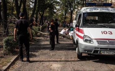 Суха гілка спровокувала трагедію в Дніпрі