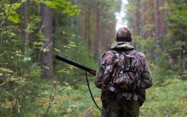 В Харьковской области охотник подстрелил двох парней