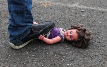 Хлопець знущався над дитиною, погрожуючи її бабусі
