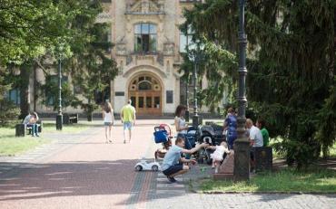 Студенти погуляли так, що соромно всій Україні