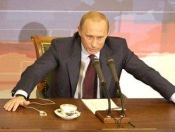 Ни один украинский политик не сравнялся в позитивах с Путиным