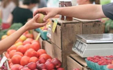 Фасовані або на вагу: як убезпечити себе в покупці продуктів