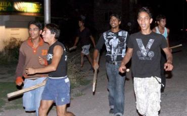 У Мукачеві розгорівся скандал: роми накинулися на дитину і вагітну жінку