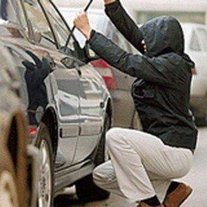 В Хустском районе угнали две машины
