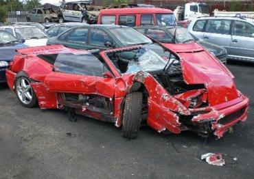 """В Англии Ferrari """"погибла"""" окончательно из-за лисы"""