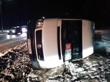 Кроме маршрутки и BMW, в аварии пострадали еще три легковых автомобиля