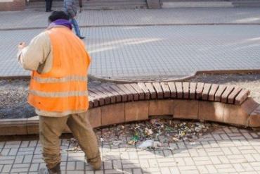 Новые уборщики Ужгорода будут проходить испытательный срок