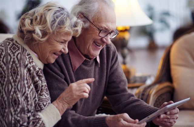 """Результат пошуку зображень за запитом """"Відтепер оформити пенсію можливо через Інтернет (відео)"""""""
